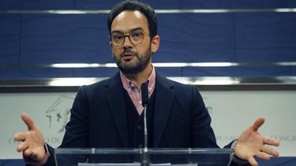 El PSOE rechaza la moción de censura y tilda a Iglesias de «irresponsable»