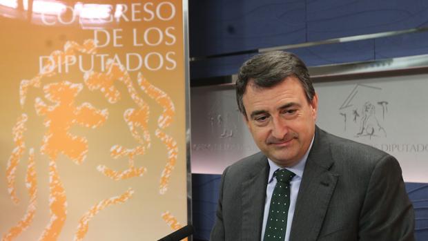 Hemeroteca: Rajoy ordena a Montoro revisar el Cupo para ganarse a los nacionalistas   Autor del artículo: Finanzas.com