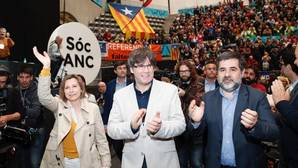 Forcadell, Puigdemont y Sánchez, hoy en la asamblea de la ANC