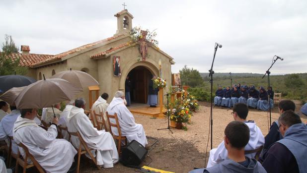 Abren en valencia un monasterio construido con limosnas y - Albaniles en valencia ...