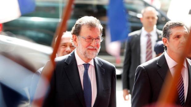 Hemeroteca: Rajoy acude a Bruselas para participar en la cumbre que negociará el Brexit | Autor del artículo: Finanzas.com