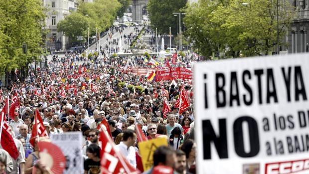 Hemeroteca: Cortes de tráfico y comercios cerrados en la fiesta del 1 de mayo | Autor del artículo: Finanzas.com