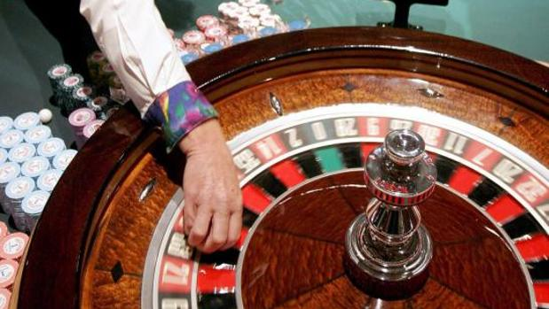 Una ruleta de mesa, en una foto de archivo
