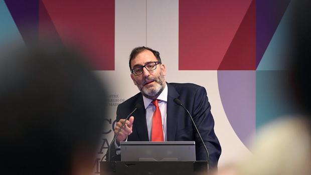 El juez Eloy Velasco, en una mesa redonda del Congreso de la Abogacía de Madrid el pasado 25 de abril