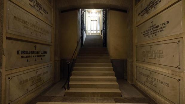 La cripta en la que se entierra gratis a los pobres en la Basílica de la Concepción