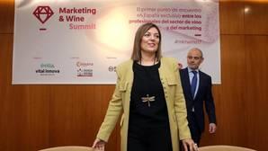 La consejera portavoz de la Junta, Milagros Marcos, durante la inauguración del «Marketing & Wine Summit»