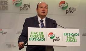 Ortúzar sostiene que el acuerdo marcará «un antes y un después» en la relación de PNV y PP