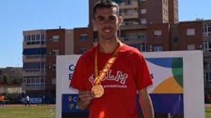 Ángel Ronco, con su medalla de oro