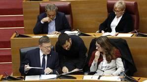 Imagen de archivo del conseller Marzà con Puig y Oltra en las Cortes Valencianas