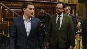 Albert Rivera y Antonio Hernando en el Congreso de los Diputados
