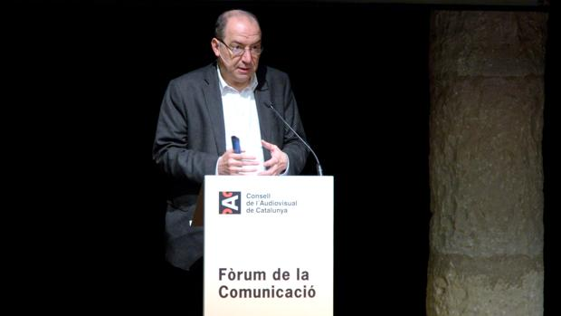 Vicent Sanchis, director de TV3, interviniendo en el foro organizado opr el CAC