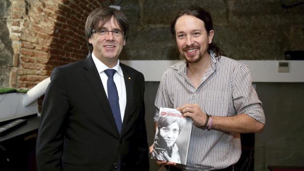 ¿Cuánto mide Carles Puigdemont? - Estatura - Real height Iglesias-puigdemont-coferencia8-k3Q--620x349@abc