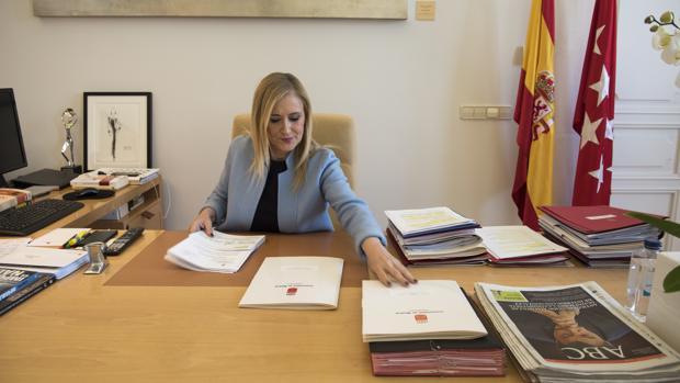 Cristina Cifuentes en la sede de la Comunidad de Madrid
