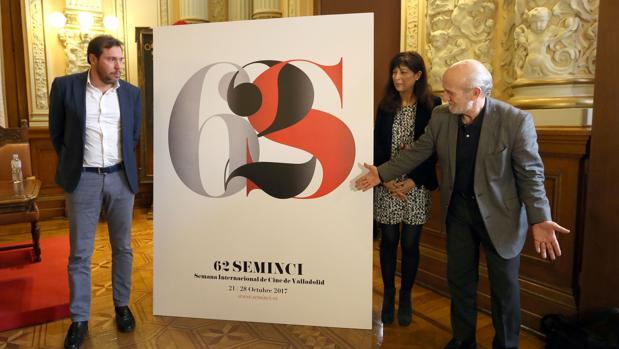 El alcalde de Valladolid, Óscar Puente, y la concejala de Cultura y Turismo, Ana Redondo, presentan los carteles de la Seminci junto al director del Festival, Javier Angulo