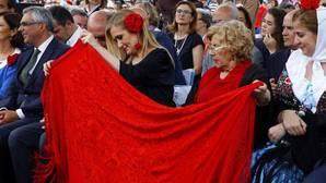 Frente común contra Carmena por acoger el acto independentista de Puigdemont