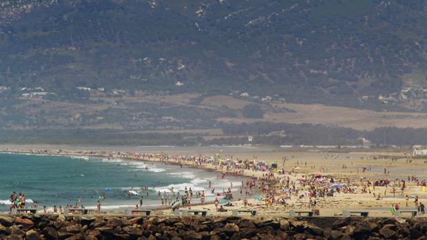 Imagen de archivo de la playa de Tarifa en Cádiz