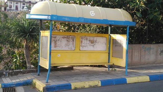 Una parada de guaguas en la capital grancanaria que se resiste a los consultores de innovación en transporte urbano