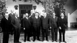 Herriot y Azaña en el Cigarral de Marañón, donde almorzaron durante la visita del presidente francés a Toledo (Foto, Rodríguez. AHPT)