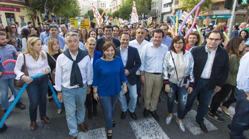 Imagen de Isabel Bonig en la manifestación contra el decreto de Marzà