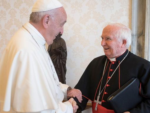Imagen del Papa Francisco junto al cardenal Antonio Cañizares este viernes