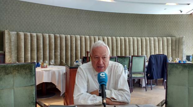 El exministro José Manuel García-Margallo, durante la entrevista en Cope Cataluña