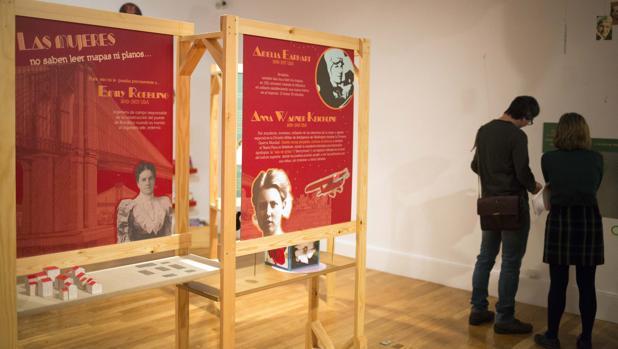 Exposición «Mujer tenía que ser», que puede verse en la sala Cielo de Salamanca hasta el próximo 30 de julio