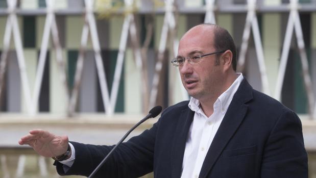 Hemeroteca: Pedro Antonio Sánchez tendrá que ir a declarar como imputado por Púnica | Autor del artículo: Finanzas.com