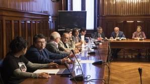Imagen de la Comisión encargada de la reforma del reglamento del Parlamento de Cataluña