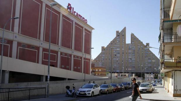 Tres centros comerciales abrir n los domingos en alicante for Centro comercial la puerta del sol