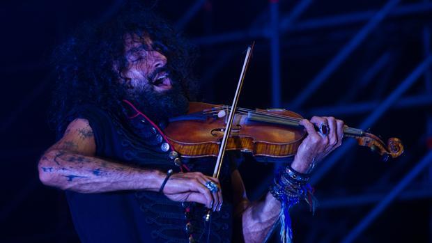 Imagen de Ara Malikian durante un concierto