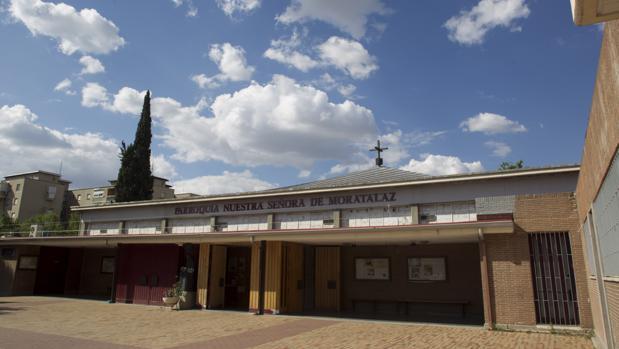 Exterior de la parroquia de Nuestra Señora de Moratalaz