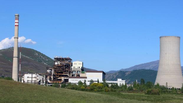 Central térmica de Anllares, situada en la localidad berciana de Páramo de Sil