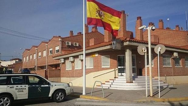 Imagen del cuartel de la Guardia Civil en Pilar de la Horadada
