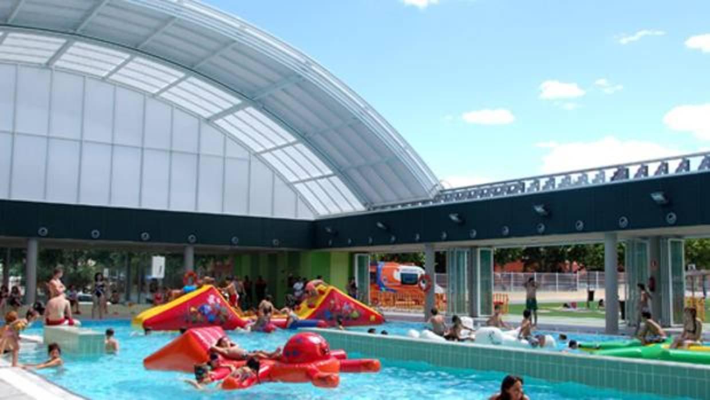 Muere ahogado un ni o de 12 a os en la piscina municipal for Piscina 24 horas madrid