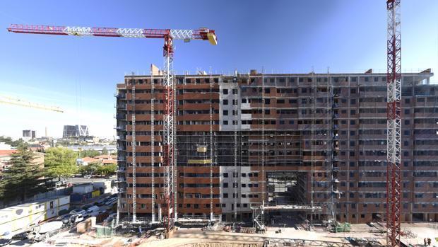 Construcción de un bloque de viviendas en Madrid