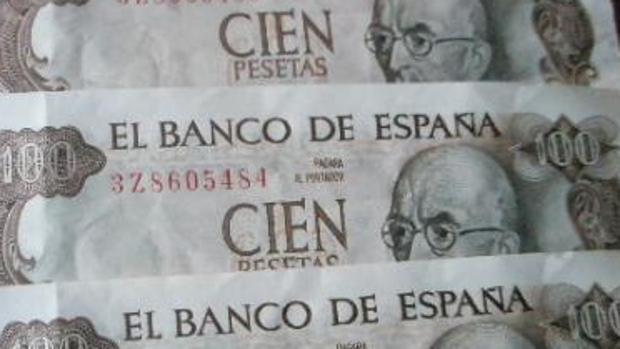 Billetes de cien pesetas de la época