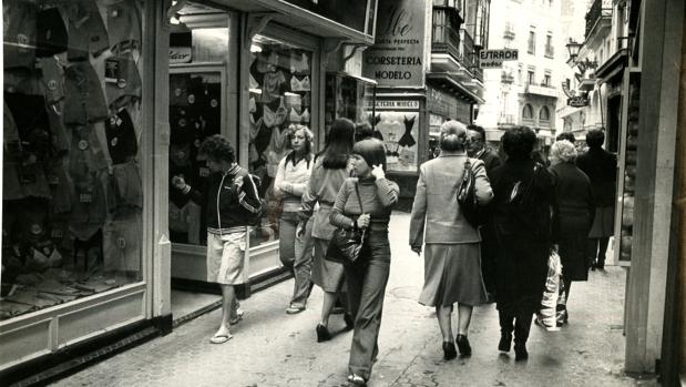 Calle comercial de Sevilla, hace 40 años