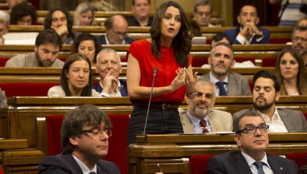 Intervención de Inés Arrimadas, durante el pleno del Parlamento autonómico, hoy