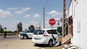 Dos personas han fallecido al chocar su coche contra una casa en Coreses (Zamora)