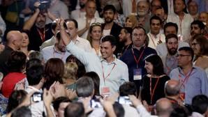Sánchez se rodea de fieles y solo deja una incógnita: la portavocía en el Congreso