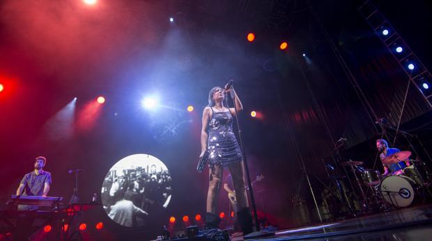 Espectacular concierto de Amaral en la plaza de toros de Toledo