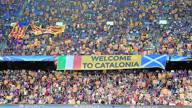 Partido de Champions League en el Camp Nou, en 2016