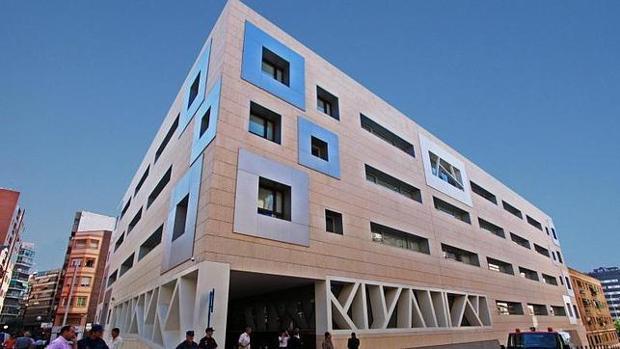 Imagen de archivo de la Comisaría Provincial de la Policía Nacional en Alicante