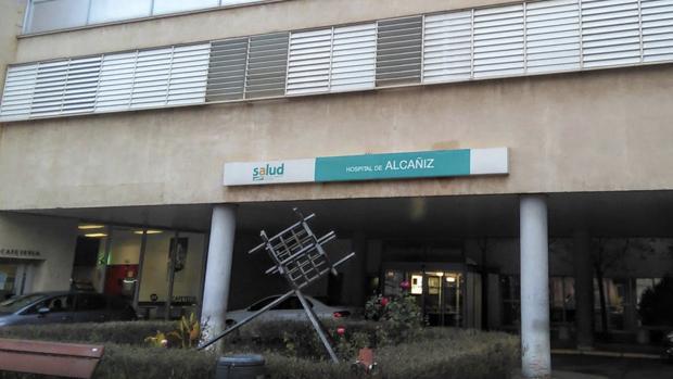 El hospital alcañizano tiene tres plazas de oncólogo, pero las tres se han quedado vacantes