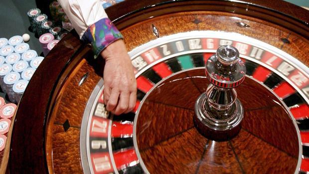La venta de cartones de bingo ha pasado de recaudar 44 millones en 2004 a apenas 10 millone sen 2016