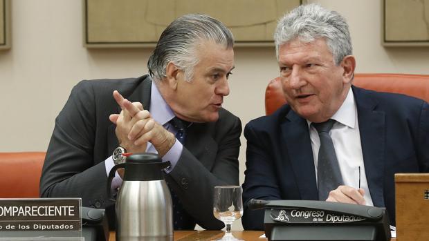 Luis Bárcenas rechaza responder las preguntas en el Congreso