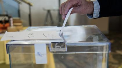 La Generalitat declara desierto el concurso para la compra de urnas