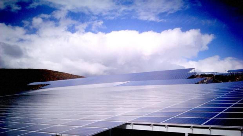 Platina partners evita la quiebra del parque solar de - Energia solar tenerife ...