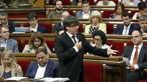 El presidente de la Generalitat, Carles Puigdemont, durante la sesión de control parlamentario, el pasado miércoles