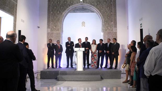 Page habla en la inauguración del Taller del Moro, con el resto de autoridades a sus espaldas